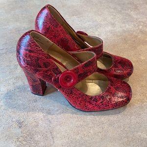 Women's Rialto heels size 7.5